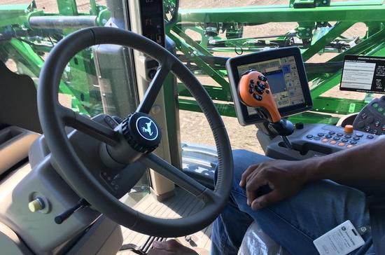 看看美国农民如何用科技做农业